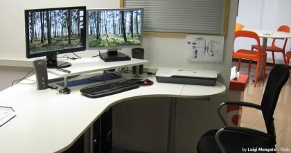 Dos monitores (Foto por Luigi Mengato - flickr)